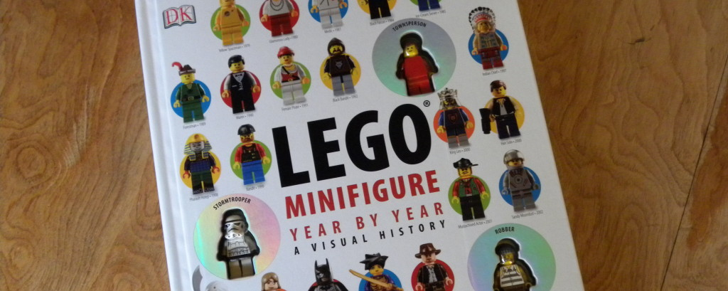 minifigure_book