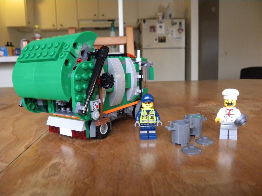 70805_garbage truck_rear