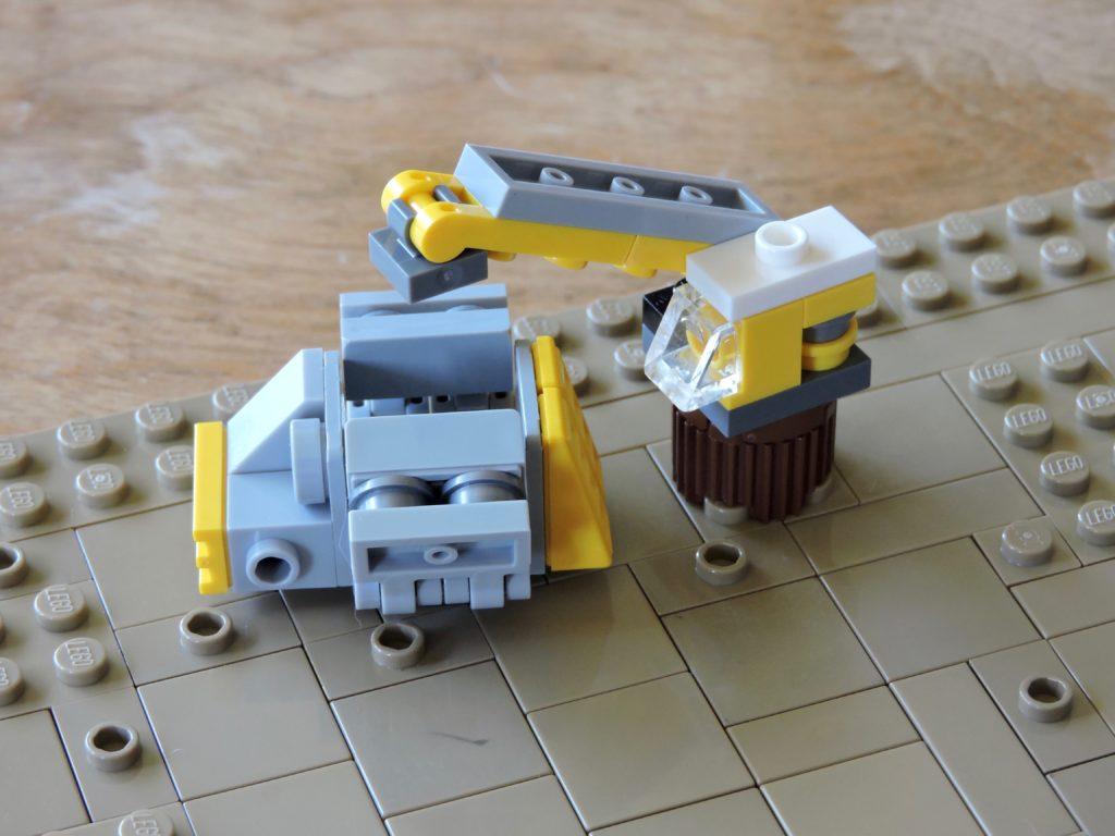 wrecking_yard_machinery